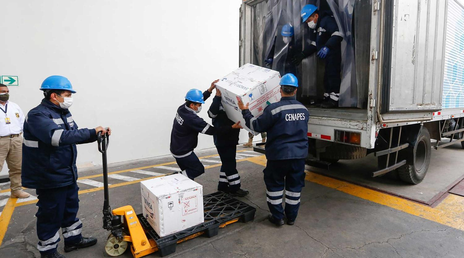 vAuthorities began the distribution of the first batch of vaccines against Covid-19 on February 8, 2021, in Lima, Peru.